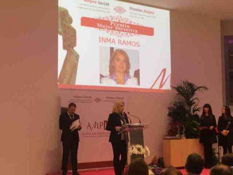 AMPEAk  Inma  Ramosi  eman  dio  aurten  2015eko  Emakume  Zuzendari  onenaren  saria