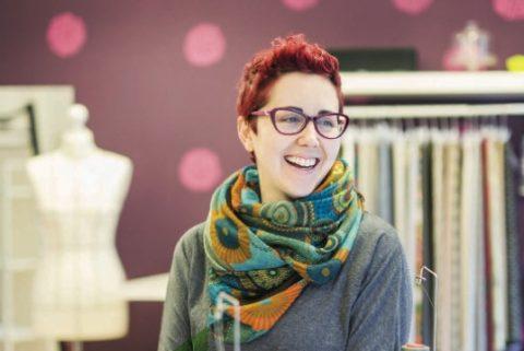 Te presentamos a… Joana Mateo de 'Ana Dedal', taller de costura en Bilbao, una de nuestras emprendedoras
