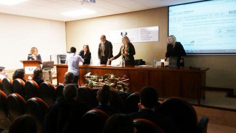 Entrega de los primeros Premios Gaztenpresa-MBAe3 a los mejores proyectos emprendedores
