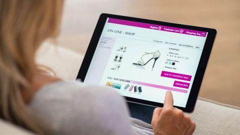 Cómo crear una marca de ropa